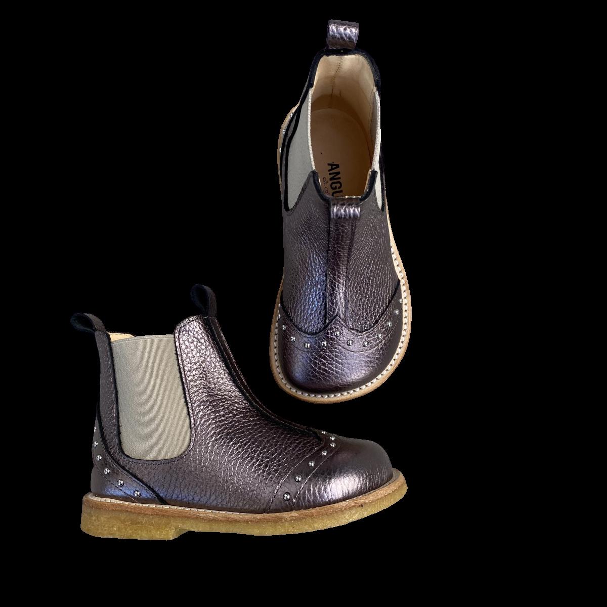 Støvlet med nitter og elastik mauve shine