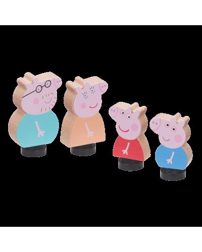 Peppa Wood Play Family Figure