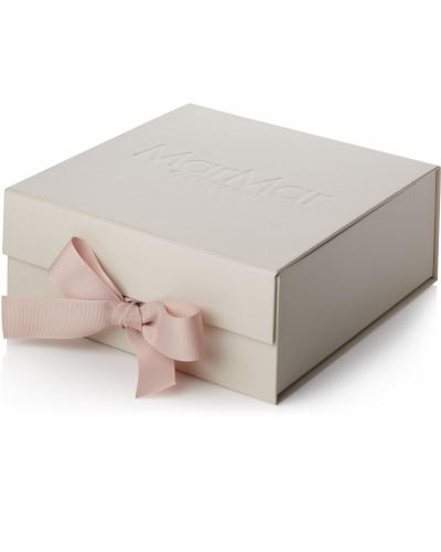 New Born Gift Box 3 Pcs Romber Rose